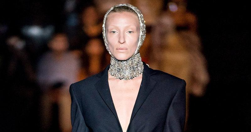 Владычица морская: показ Schiaparelli Couture осень-зима 2019 вПариже