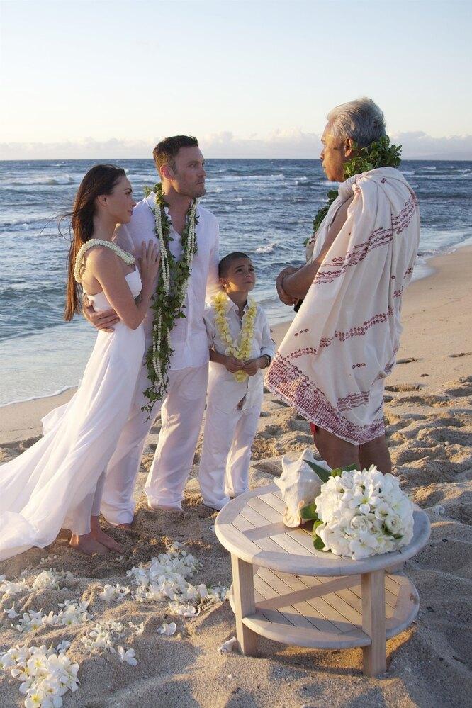 Свадьба Меган Фокс и Брайана Остина Грина, где присутствовал маленький Кассиус
