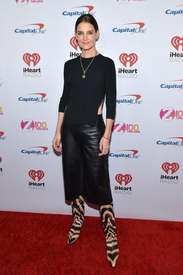Кэти Холмс напремии IHEART Radio 2019 год