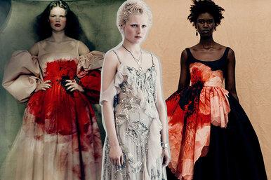 Alexander McQueen выпустили коллекцию платьев в«кровавых» пятнах
