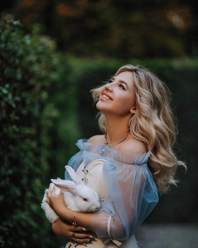 Аня Pokrov
