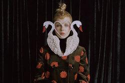 Художница идруг бренда Gucci Полина Осипова рассказала свою сказочную историю