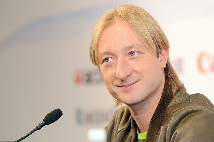 Официально: Евгений Плющенко объявил обуходе изпрофессионального спорта