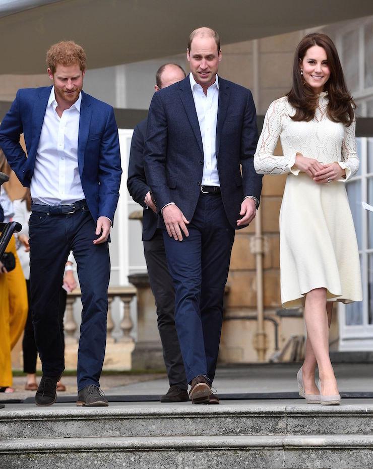 Принц Гарри, принц Уильям игерцогиня Кэтрин