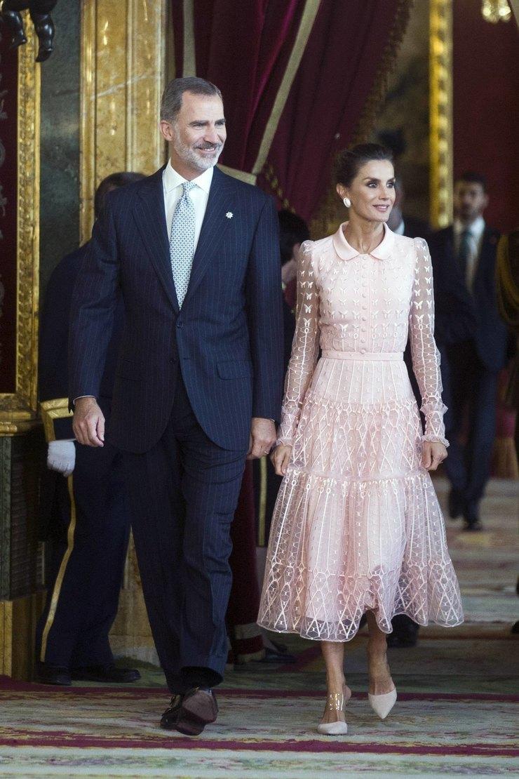 Король Испании Филипп VI икоролева Летиция