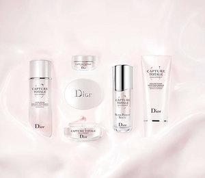 Новое слово вомолаживающем уходе: коллекция средств Dior со стволовыми клетками