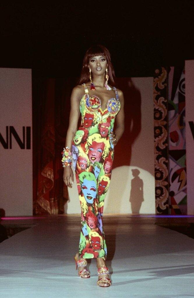 Наоми Кэмпбелл на показе Versace в 1991-м