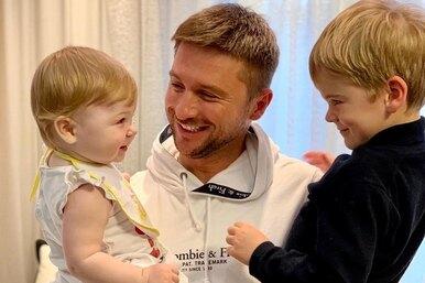 Сын Сергея Лазарева учит маленькую сестру разговаривать — иэто самое милое видео насегодня