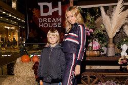 Яна Рудковская посетила открытие модного детского универмага DREAM HOUSE KIDS