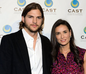 Неожиданно: Деми Мур и Эштон Кутчер встретились на свадьбе в Бразилии