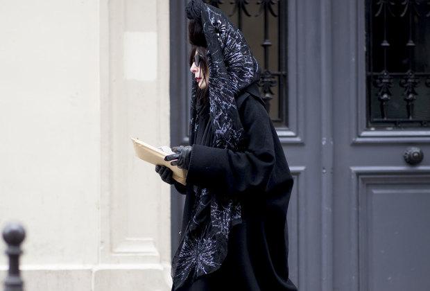 Неделя Высокой моды вПариже: как носить черный вновом сезоне