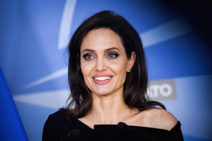 «Ум — вот что красиво»: Анджелина Джоли овнешности ивоспитании детей