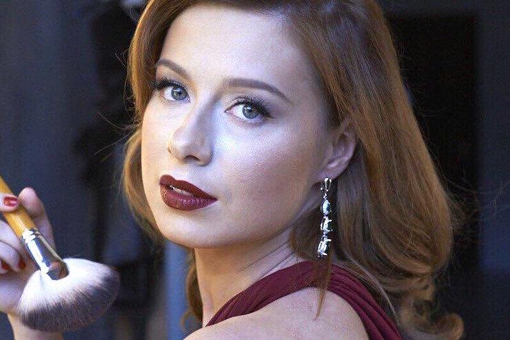 «Несчастье укрепило брак»: Юлия Савичева рассказала, как пережила выкидыш