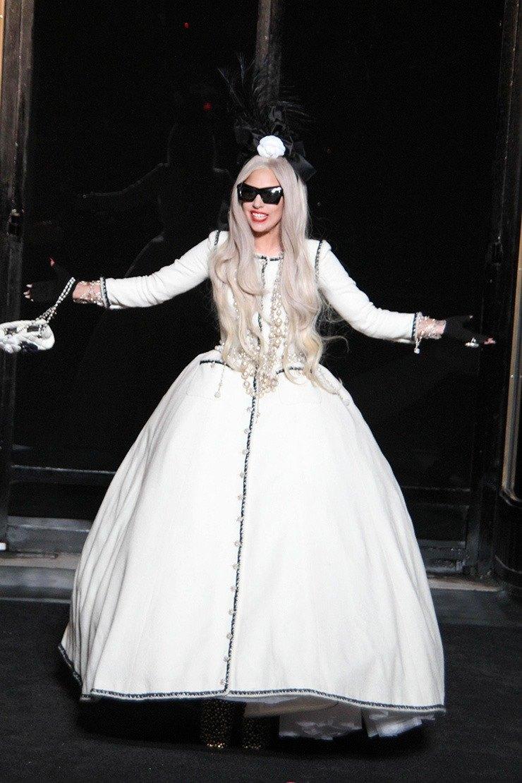 Леди Гага после концерта 2011 год