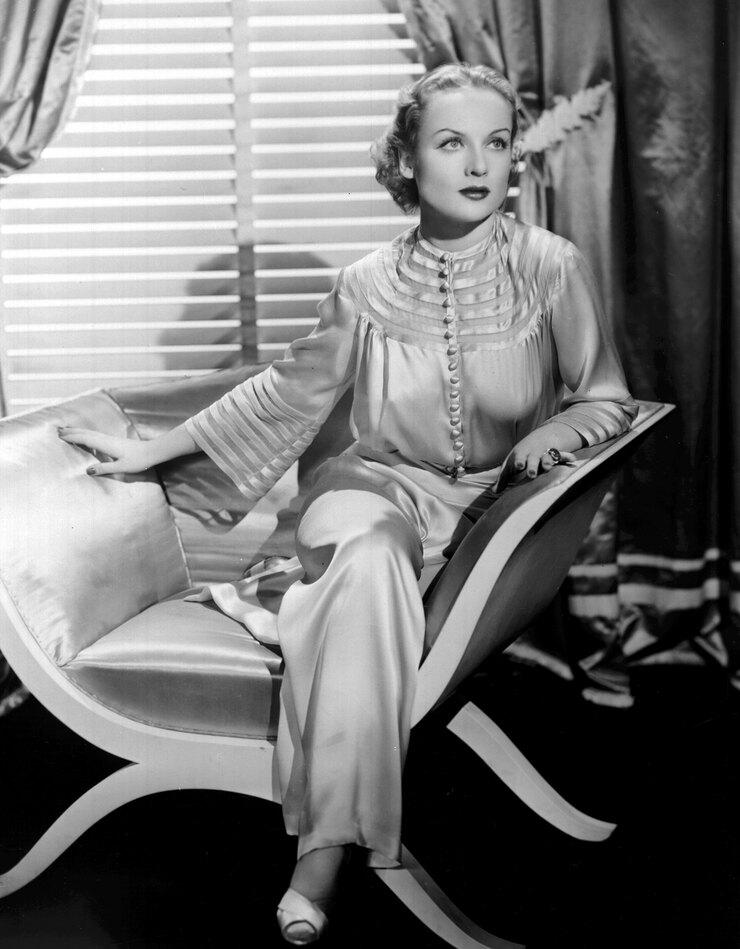 Кэрол Ломбард, 1930