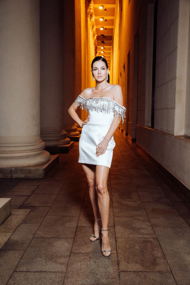 Наталья Бардо (в серьгах Mercury из коллекции Classic из белого золота с бриллиантами)