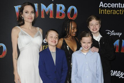 Растут непо годам: какими стали дети Джоли иПитта