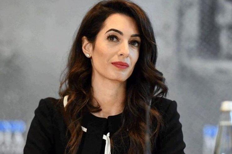 Амаль Клуни иЛивия Ферт: стиль звездных жен сактивной жизненной позицией