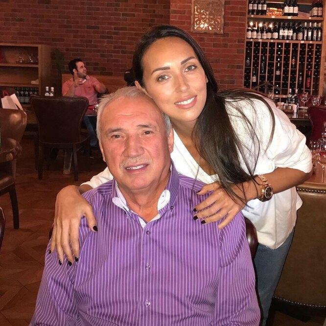 Алсу с отцом