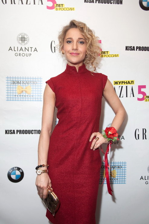 7b9ab745fcc https   graziamagazine.ru lifestyle grazia-loves-longchamp  https ...